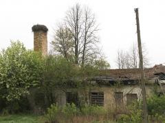 1/5 Utanför Tykocin fanns många förfallna bygggnader och ofta med ett storkbo.