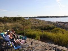 Fika på Skanholm strax innan solnedgången
