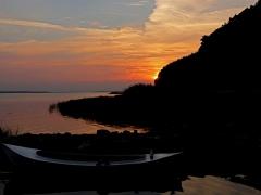 Solnedgång vid bryggan.